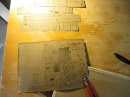 Materiel Relooking Pas Cher Relooker Une Table Basse En Aggloméré Avec Un Collage Déconome