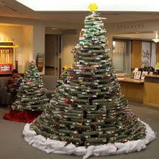 ideas to decorate the christmas tree in different style trendy