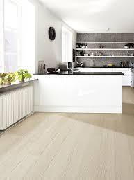 parquet de cuisine parquet dans cuisine quel revtement de sol pour sa cuisine alliance