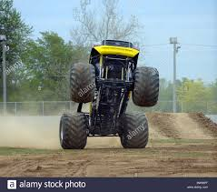 monster truck show memphis dawg stock photos u0026 dawg stock images alamy