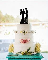 where to buy wedding cake toppers wedding cake toppers family and groom with 2