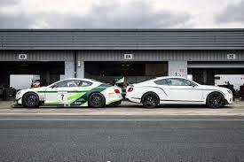 bentley continental gt3 r racecar bentley continental gt3 vs bentley continental gt3 r sibling