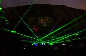 stone mountain laser light show how to have the most georgia day ever