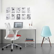 eames molded plastic side chair with dowel leg base yliving