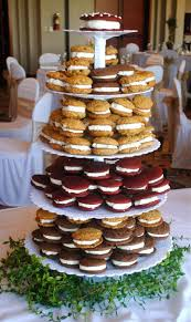 wedding cake options best 25 wedding cake alternatives ideas on dessert