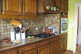 repeindre cuisine rustique repeindre cuisine en chene finest relooking meubles de cuisine et