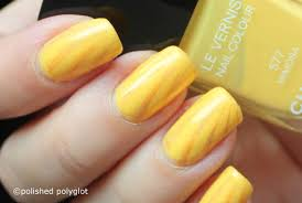 nail art summery sunshine yellow nails 26gnai polished polyglot