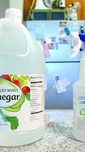is it safe to use vinegar on wood cabinets 8 things you should never clean with vinegar cnet