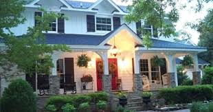 Houses With Big Porches White House With Red Doors And Big Porch White Houses U0026 Front