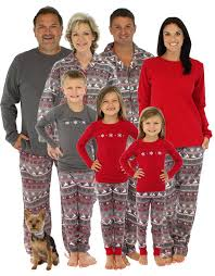 pajamas for family 2017 and tree