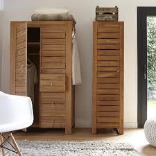 armoire colonne chambre colonne de rangement se dresse pour une économie d espace