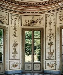 french baroque is a form of baroque architecture that evolved in