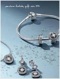 pandora bracelet sets images Pandora holiday gift sets black friday promotions 2016 mora png