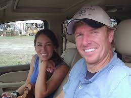 hgtv chip gaines has an estimated net worth of 1 5 million dollars
