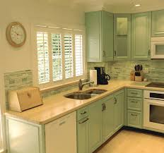 Kitchen Countertops And Backsplashes What Of Backsplash Goes With Wood Countertops Wood