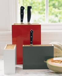 Knife Storage Ideas by The Right Knife Holder To Secure Them Safely And To Keep Them