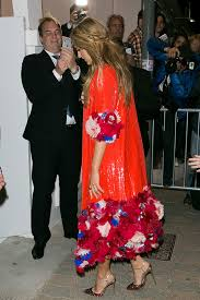 Vanity Fair Dubai Pregnant Blake Lively Leads The Glamour At Vanity Fair Cannes Bash