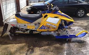 post pics of your revs page 5 hcs snowmobile forums