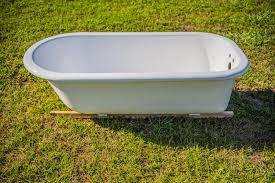 How To Refinish A Clawfoot Bathtub Ugly Tubs