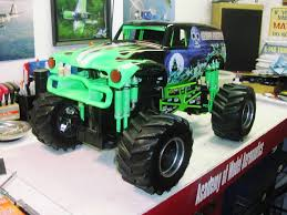 large grave digger monster truck toy new bright 1 6 vw transformed to grave digger rcu forums