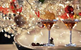 martini christmas christmas through a martini glass 44 wallpapers u2013 foto city