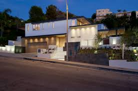 world of architecture impressive modern home in hollywood hills