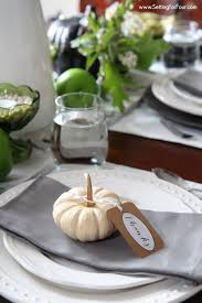 Fall Centerpieces With Feathers by Easy Fall Table Centerpiece With Natural Elements Setting For Four