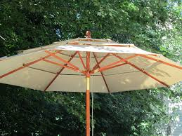 Pottery Barn Patio Umbrella by Acanthus And Acorn Outdoor Room Budget Version