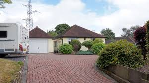 property search bob gutteridge estate agents and valuers