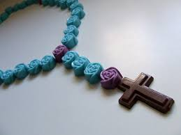 edible candy jewelry waltzing matilda edible rosary link up a la tennessee williams