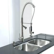 Touch Free Kitchen Faucet Delta Touch Kitchen Faucet Howtodiet Club