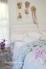 303 best shabby chic rooms images on pinterest shabby chic