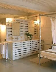 cuisine en palette bois recyclage palette de bois meubles en palettes de bois
