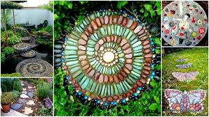 23 mesmerizing diy stepping stones to realize for your backyard