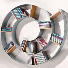 etagere pour chambre décoration et aménagement de chambre d ado etagère à cd au look