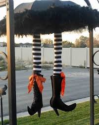 Halloween Witch Outdoor Decorations by Witch Decorations For Halloween How To Make Halloween Decorations