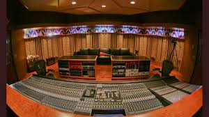 wow big expensive studios are no longer needed to make music