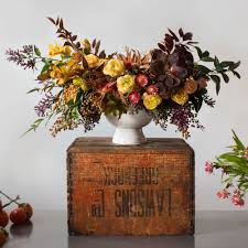How To Make Floral Arrangements A Stunning Fall Centerpiece U0027s How To Sunset