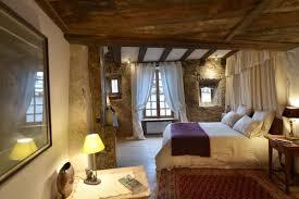 chambres d hotes cantal maison d hôtes la chapellenie chambre damoiselle au centre