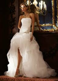 wedding trend ideas beach style wedding dresses