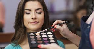 professional makeup courses how does it take to become a makeup artist cosmetology