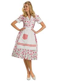 halloween costumes 1950 50s housewife costume