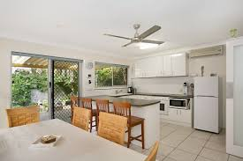 1391 gold coast highway palm beach qld 4221 leased house ray