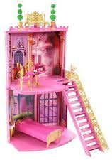 mattel r0829 barbie musketeers secrets surprises castle