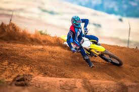 motocross in action photo gallery 2018 suzuki rm z450 in action dirt action