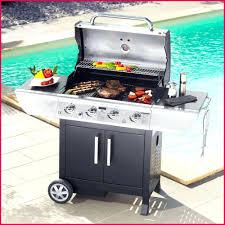 cuisiner avec barbecue a gaz barbecue gaz castorama brasero castorama fonctionne au bois et au