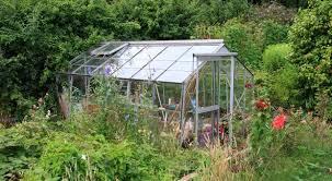 self sustaining garden self sufficient greenhouse gardening part 1 survivopedia