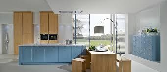 cuisine d allemagne en bleu agate et chêne naturel photo 15 20