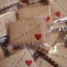 cadeau de mariage personnalis en images dix idées cadeaux pour les invités du mariage l