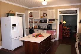 hampton cameo fagras kitchen charles r bailey cabinetmakers